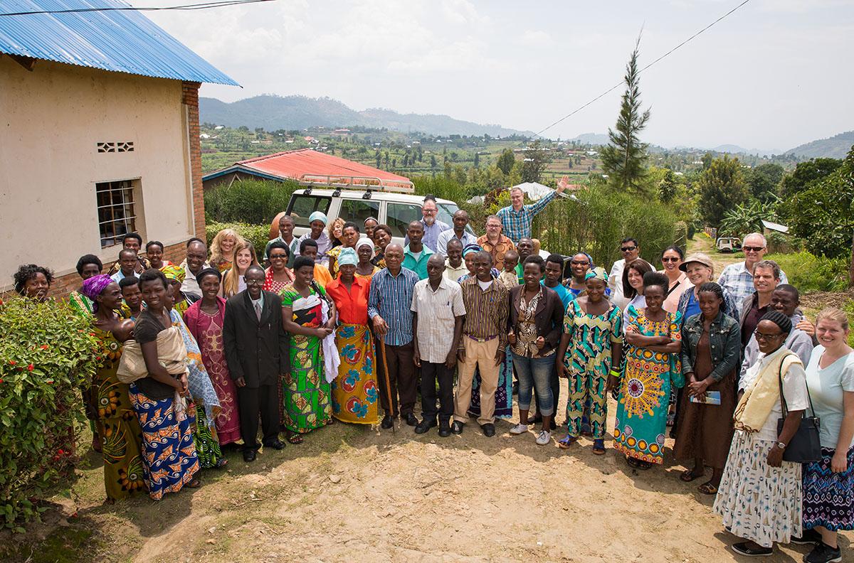 Rwanda_Kibuye_24_1200x792