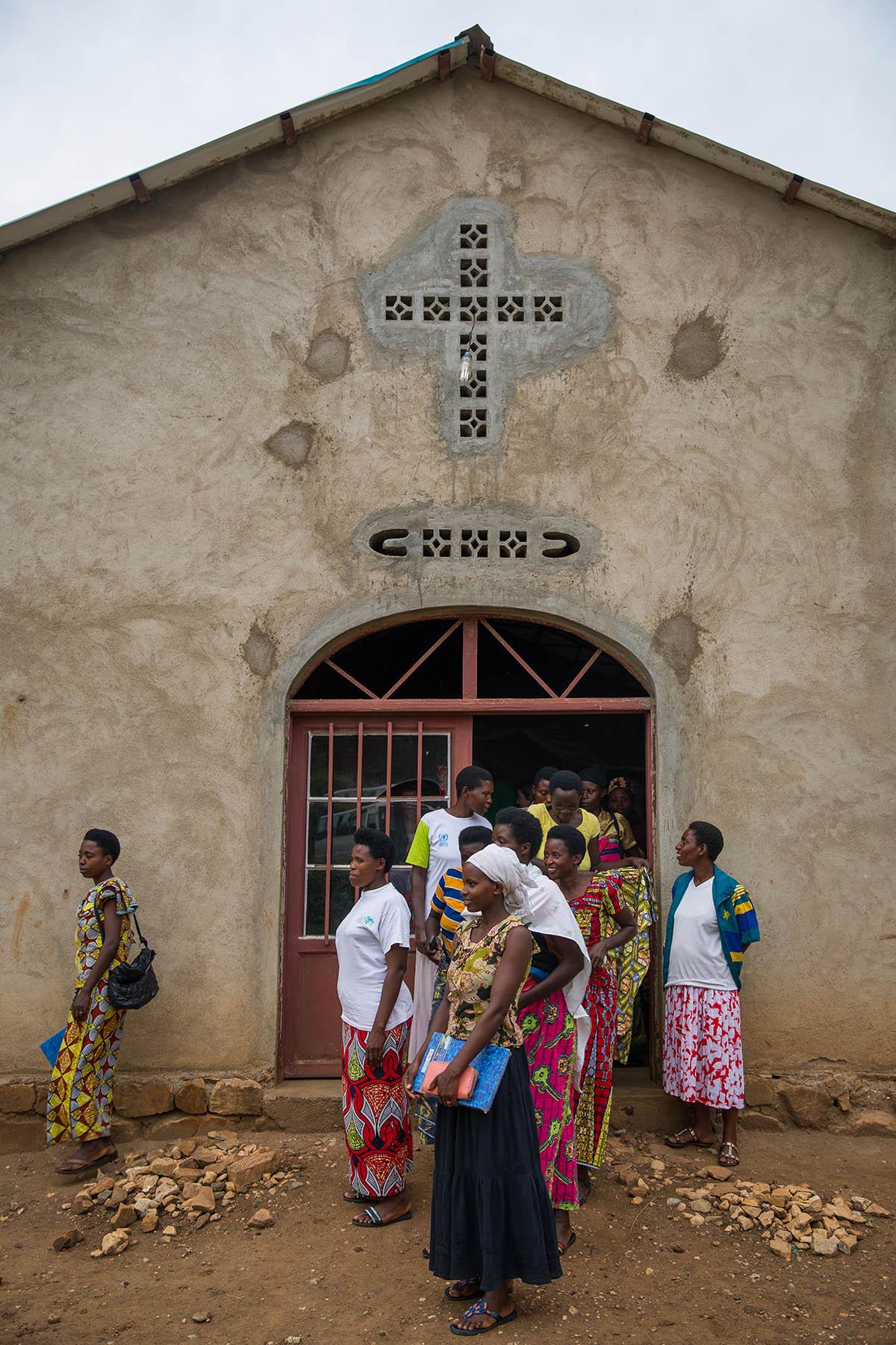 Rwanda_Kibuye_42_1200x1800